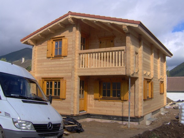 Wir_bauen_Ihr_Traumhaus_und_Blockhaus_aus_Holz