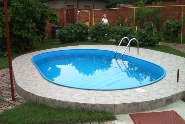 Planen_Sie_Ihren_eigenen_Swimmingpool